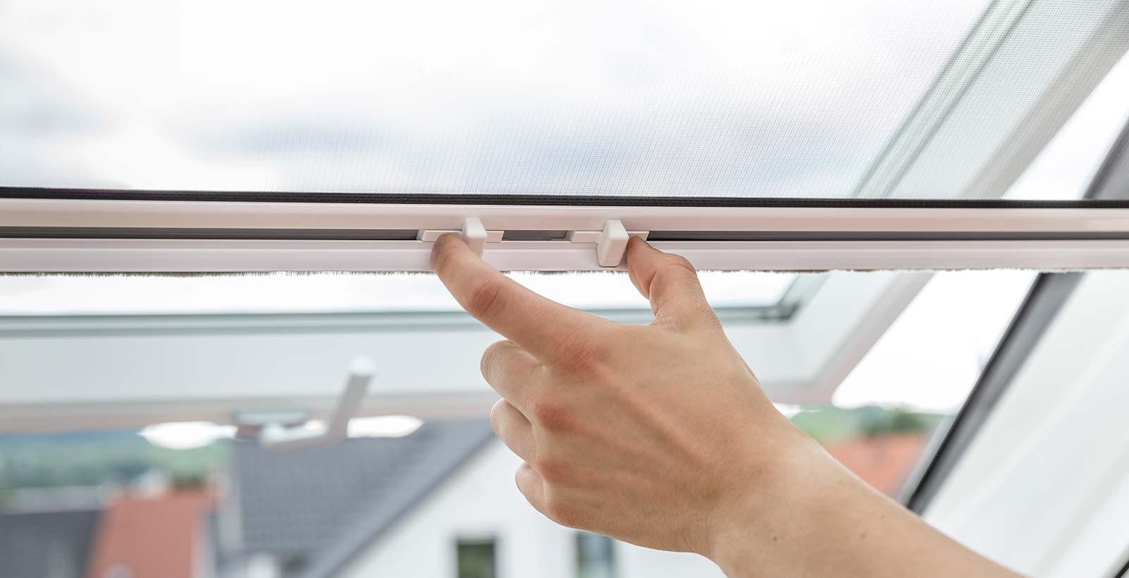 NEHER Dachfenster-Rollo